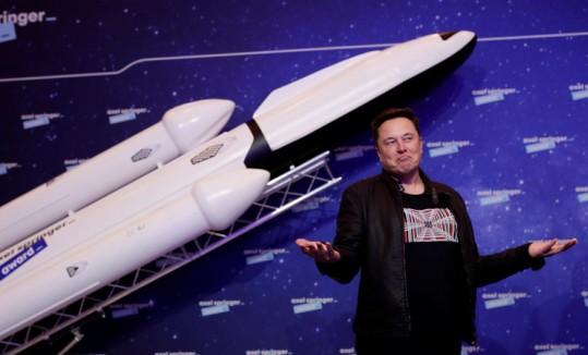 Состояние Илона Маска за прошедшие сутки упало более чем на 15 миллиардов долларов